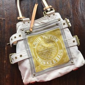 Louis Vuitton Globe Shopper Tote